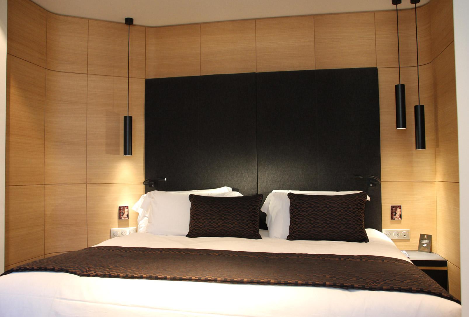 Tête de lit bois et revêtement tissu