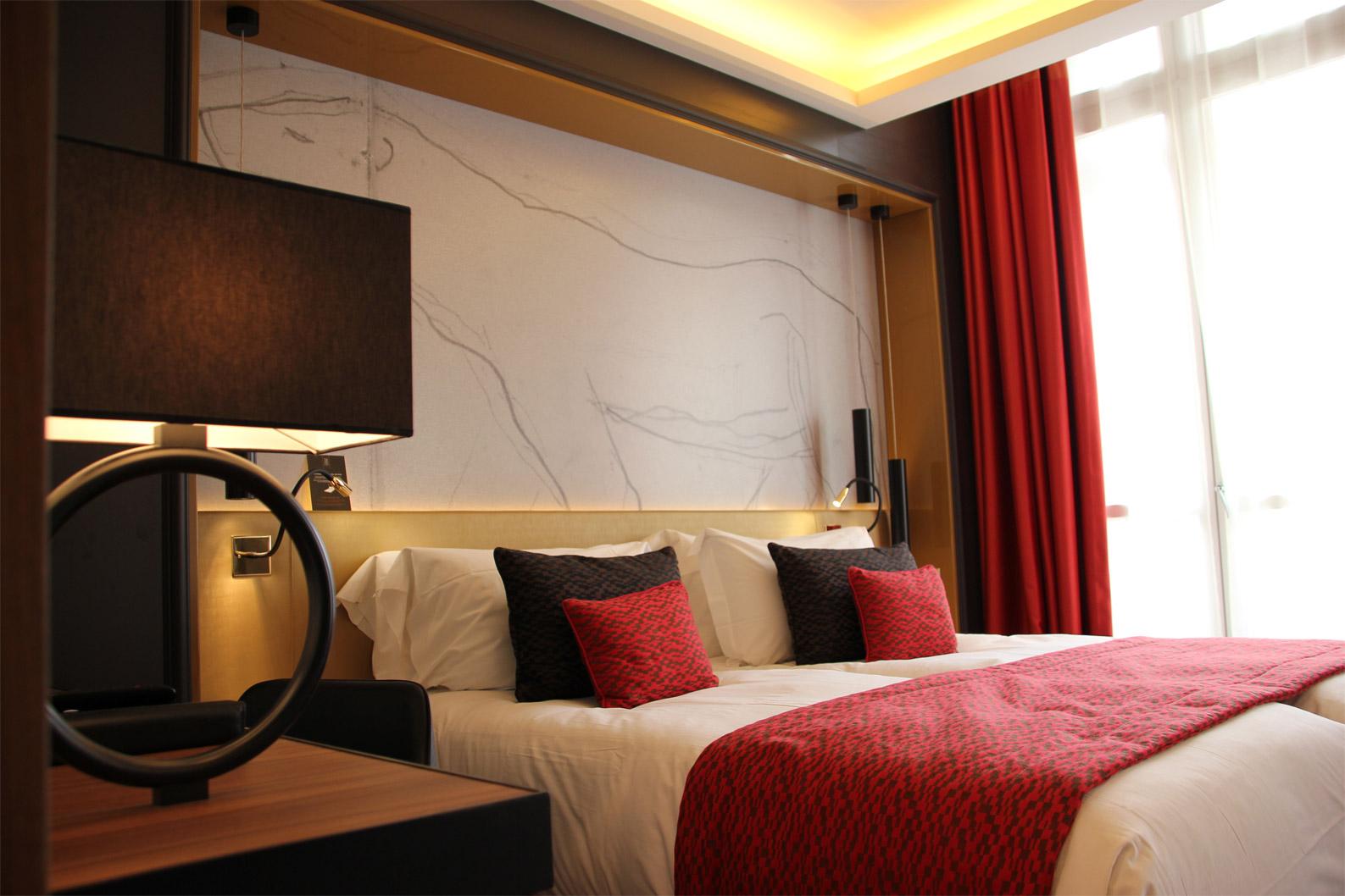 fabrication du mobilier des chambres d'hôtel